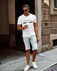 Style by @streetandgentle Yes or no? Follow @mensfashion_guide for dope fashion posts! #mensguides #mensfashion_guide