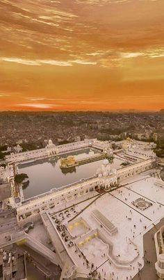 Waheguru ji Guru Angad Dev Ji, Guru Nanak Ji, Guru Granth Sahib Quotes, Sri Guru Granth Sahib, Gurbani Quotes, Sikh Quotes, Punjabi Quotes, Guru Nanak Wallpaper, Guru Nanak Jayanti