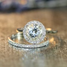 Diamond Wedding Rings : Halo Diamond White Topaz Engagement Wedding Ring Set in White Gold Round. - Buy Me Diamond Engagement Wedding Ring Sets, Halo Engagement Rings, Diamond Wedding Rings, Wedding Bands, Solitaire Rings, Gold Wedding, Dream Wedding, Bridal Rings, Halo Diamond Rings