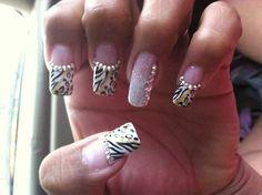 Zebra & leopard nails w/ gold glitter