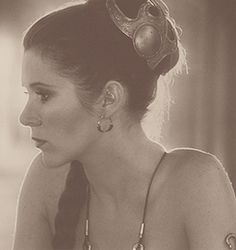 I love this picture... it's nice to see Leia (ok, Carrie) just look thoughtful and pretty in that outfit.