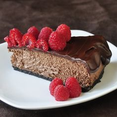 Chocolate Mousse Cheesecake - i have so been craving chocolate today even more than usual. A slice of this would cure that urge for a while...okay so maybe 2 slices.