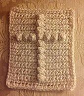 Cross Pocket Prayer Cloth pattern by Carolyn Dorsey