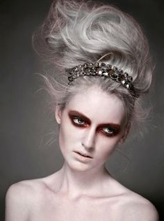 Grey gothic beauty. Riveting.  Makeup: Arianna Campa (www.ariannacampa.com)  Client: Dazed & Confused  Photo: Ran Raven
