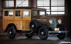 1932 Ford Model B 4-Door Woody Wagon.