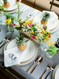 We loved being a part of such an amazing team for this Preppy Pineapple style shoot! Jen Rios with Jen Rios Weddings styled and organized this gorgeous Kate Spade meets Key West wedding inspiration. Key West Wedding, Tropical Party, Wedding Table Settings, Place Settings, Decoration Table, Plate Sets, Luau, Tablescapes, Garden Parties