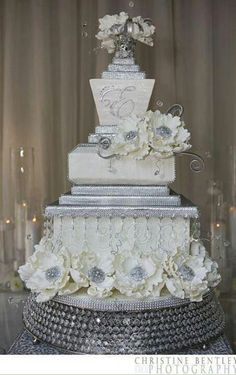 White and silver wedding cake.  Grey and Silver Wedding Inspiration