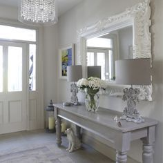 Like the light gray table...and light colors