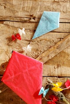 Tissue Paper Kite | DIY Kite Making Tutorials for Kids