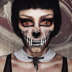 Get creepy women skeleton makeup ideas for Halloween. These skeleton face makeup ideas are perfect with glam, glitter & gory designs. Creepy Makeup, Horror Makeup, Fx Makeup, Makeup Ideas, Makeup Hacks, Skeleton Face Makeup, Amazing Halloween Makeup, Scary Halloween Costumes, Halloween 2017