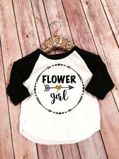 Flower girl raglan tshirt Flower Girl glitter shirt por SnowSew