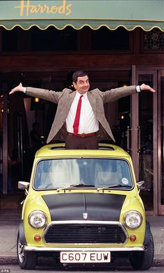 Mr Bean heads to Buckingham Palace atop his iconic lime green Mini Way back when: Mr Bean, pictured here in got into many sticky situations behind the wheel of his iconic 1976 British Leyland Mini 1000 Mini Cooper Classic, Mini Cooper S, Classic Mini, Classic Cars, Mini Morris, Mini Clubman, Mr Bean Drôle, Chillout Zone, Mr Bean Funny