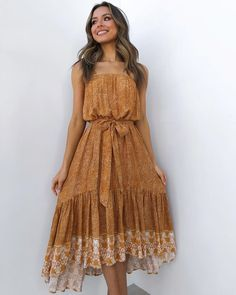 Casual Dress Outfits, Summer Dress Outfits, Teen Fashion Outfits, Spring Outfits, Fashion Dresses, Spring Clothes, Hijab Fashion, Cotton Gowns, Thrift Fashion