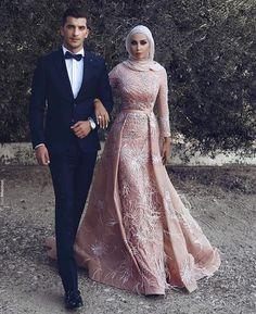 Middle East 2018 Long Sleeve Mermaid Prom Dresses Overskirts Berta Bridal Gowns Luxury M Muslim Prom Dress, Hijab Prom Dress, Poofy Prom Dresses, Hijab Gown, Muslim Wedding Dresses, Mermaid Prom Dresses, Modest Dresses, Wedding Attire, Day Dresses