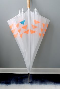DIY stencil paint umbrella / design for mankind