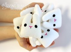 Join Urban Threads in a collaborative group project to spread a little bit of handmade joy to total strangers. Grab your free and totally adorable bunny plush design and take part!