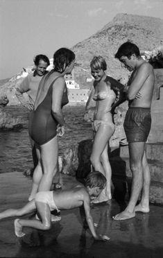 Days in Greece / Leonard Cohen-Marianne Ihlen-Charmian Clift | photos by James Burke, Hydra 1960