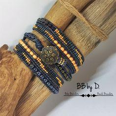 Bracelet Wrap en Cuir et Perles de verre, style bohème, Hippie. Manchette multirangs iris, doré. Boho Leather Wrap Bracelet Bracelets Wrap En Cuir, Bracelet Wrap, Beaded Wrap Bracelets, Seed Bead Bracelets, Seed Beads, Beaded Leather Wraps, Leather Cord, Hippie Style, Boho Hippie