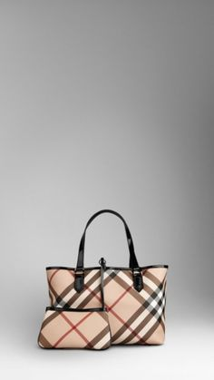 387f66e0a9af 10 Best burberry bag images