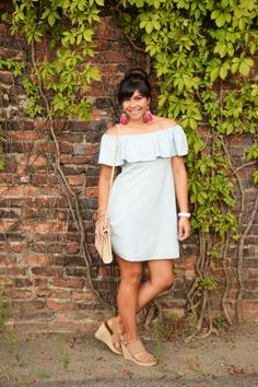 Off-the-shoulder-chambray-dress