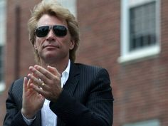 Bon Jovi gives $1 million to superstorm Sandy aid