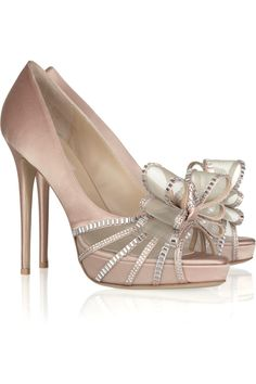 Crystal Versailles Bow satin sandals. so pretty!