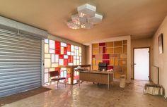 'Le bureau d'accueil' by Delpro-Photographie