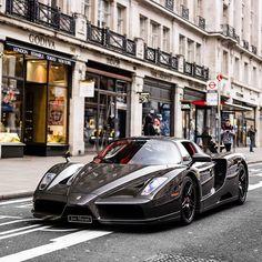 Carbon Ferrari Enzo