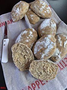 Dinkelvollkorn-Weizen-Leinsamenbrötchen mit Joghurt Spelled wholemeal wheat-flax seed bread with yog Bread Recipes, Cookie Recipes, Flax Seed Benefits, Seed Bread, Flax Seed Recipes, Spelt Flour, Mets, Bakery, Food And Drink
