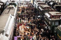 Mercado de Motores - שוק בסוף שבוע שני של כל חודש