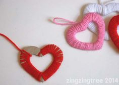 Wool Heart Wreath wrapping