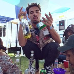 """I love """"New Music Monday"""". Today Vic Mensa is back on his freestyle tip as he releases a new track called """"Married To The King"""". I wonder will he drop a mixtape or an official Vic Mensa, Hip Hop News, News Track, Celebs, Celebrities, Mixtape, New Music, Rap, King"""