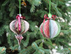 3D ornaments made with the Cricut Mini and Cricut Craft Room!