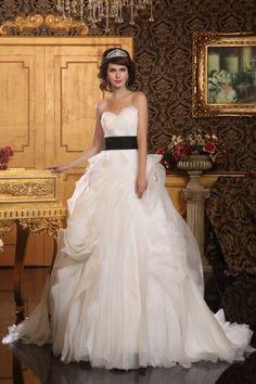 Gorgeous Three-dimensional Organza Wedding Dress with Sash - Luxury - Bridal gowns online sales - Hedy Bridal