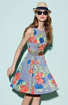 Will be twirling in this print fit flare dress on the weekend! I don't think I'll ever get over fit and flare Fit And Flare, Fit Flare Dress, Dressy Dresses, Dance Dresses, Tracy Reese Dress, Mode Inspiration, Nordstrom Dresses, Beautiful Gowns, Spring Summer Fashion