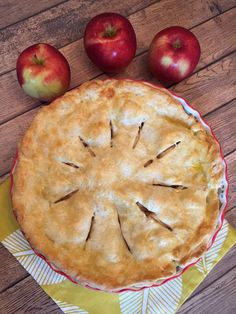 Apple Pie Recipe Ever Best Apple Pie Recipe Ever - Easy, Delicious And Made From Scratch!Best Apple Pie Recipe Ever - Easy, Delicious And Made From Scratch! Apple Pie Recipes, Cake Recipes, Dessert Recipes, Apple Pie Recipe Easy, Best Pie Crust Recipe, Easy Pie Recipes, Recipe Recipe, Recipes Dinner, Drink Recipes