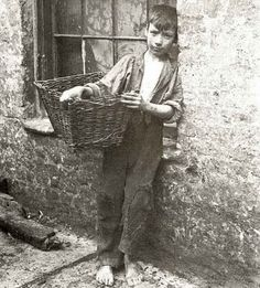 London's East End children of just 100 years ago lived in harsh conditions.