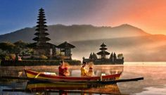Temple Places To visit In Bali, Ulun Danu Temple Bali Holidays