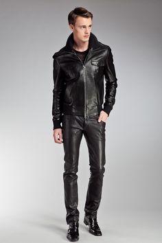 M011.JK24.LL90 - Куртка JITROIS - 127 600.00 руб. - Коллекция: Осень-зима  Материал: 100%кожа ягненка  Производитель: Франция  Размер: 56  Цвет: Черный  Бренд: Франция  Купить