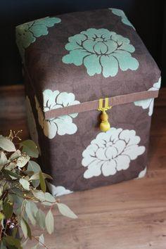 TEABOX〜茶箱〜ブルー花柄の画像1枚目