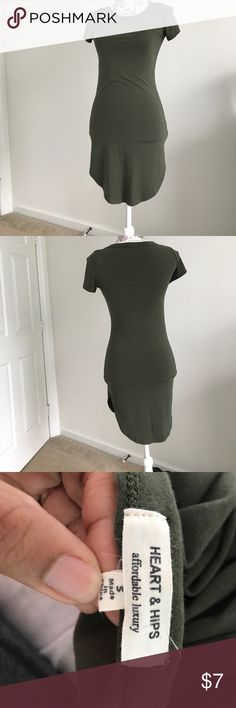 Olive Green T-Shirt Dress Worn twice in great condition. Bundle & Save 15% off 2+ items in my closet also make a reasonable offer on anything in my closet and I'll accept!!!!😉 Heart & Hips Dresses Midi