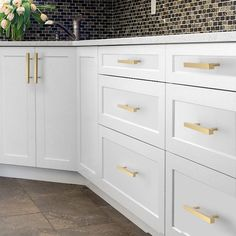 Square Solid Brass Kitchen Cabinet Knobs and Handles Gold Drawer Dresser Cupboard Pulls Handles Bar Hardware Kitchen Unit Handles, Kitchen Cabinets Handles And Knobs, Gold Kitchen Hardware, White Shaker Kitchen Cabinets, Ikea Kitchen Cabinets, Kitchen Cabinet Design, Kitchen Redo, Wardrobe Furniture, Furniture Knobs