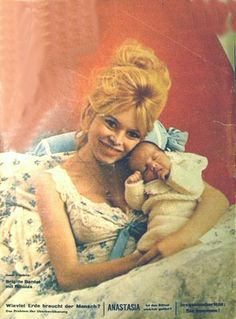 Brigitte and her son Nicholas-Jacques Charrier Brigitte Bardot, Bridget Bardot, Jacques Charrier, Famous Celebrities, Celebs, Alain Delon, Catherine Deneuve, Female Art, Baby Love
