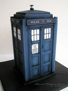 How to make a Tardis Cake Tardis cake Tardis and Tutorials