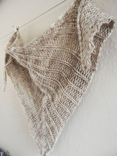 Morning Coffee Shawlette, via Ravelry