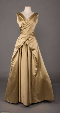 """historicaldress: """"SATIN BALLGOWN, MADRID, silk celery green ball gown with wrap bodice to wrap self-belt & full-length slightly train bell skirt, label """"Lino, Madrid"""" """" Vintage Gowns, Vintage Outfits, Vintage Evening Gowns, Beautiful Gowns, Beautiful Outfits, 1950s Fashion, Vintage Fashion, Girl Fashion, Fashion Tips"""