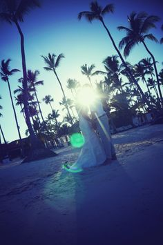 Gorgeous beach wedding at sunset with palm trees. All wedding photography taken by Elle Weddings UK. For a limited time only 50% off UK wedding photography: contact ellerosewilliams@gmail.com