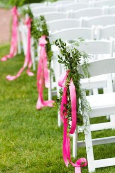 Long red ribbons behind the baskets
