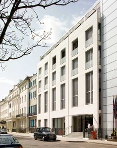 Foster + Partners entirely redeveloped the previous Belgravia Telephone Exchange in Chesham Place. Learn more about this residential project.