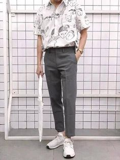 Trendy outfits for men - vintage outfits Mode Outfits, Trendy Outfits, Fashion Outfits, Fashion Clothes, Fashion Ideas, Fashion Fashion, Street Fashion, Guy Outfits, Fashion Hacks